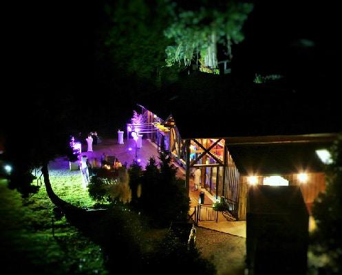 louer une salle pour un évent ou une soirée d entreprise dans un château ou hôtel près de rennes disposant de plusieurs salles de réunions avec team building en équipe sans agence