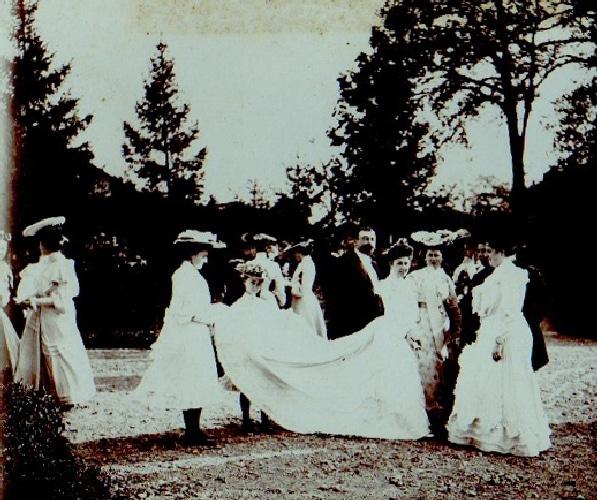 robe de mariee et voile chapeau mariage